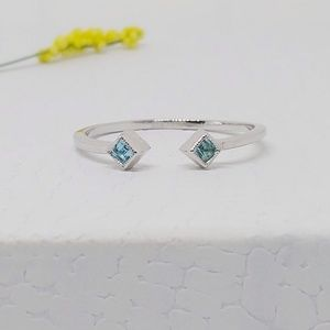 925 Sterling Silver Delicate Blue Topaz Open Ring
